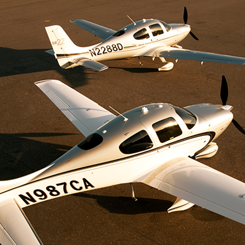 Multiflight Cirrus Servicing 2 Plane
