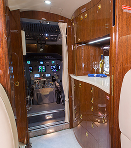 Multiflight-Services-Charter-Jet-G200-Bar