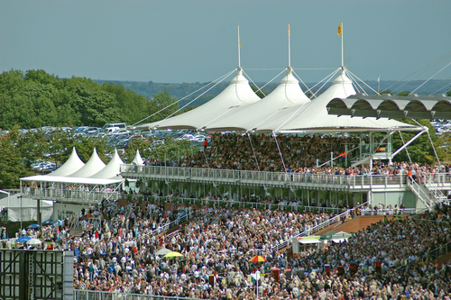 Fly with Multiflight to Glorious Goodwood 2017